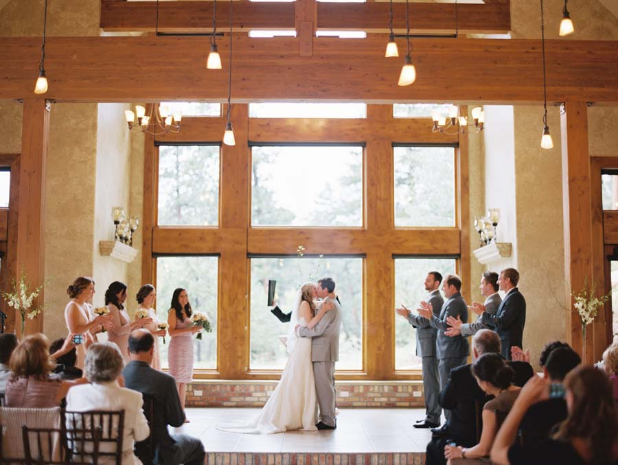Della terra mountain chateau magic by sara hasstedt for Wedding dress dry cleaning denver